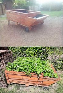 Pallet Planter on Wheels