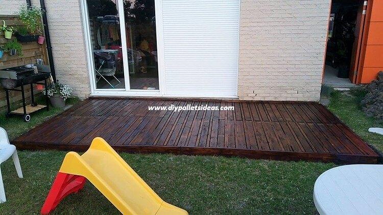 Pallets Garden Terrace