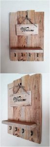 Pallet Wall Shelf with Key Rack